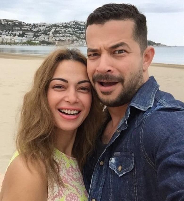 داليا مصطفى تكشف عن بداية قصة حبها لشريف سلامة | ET بالعربي