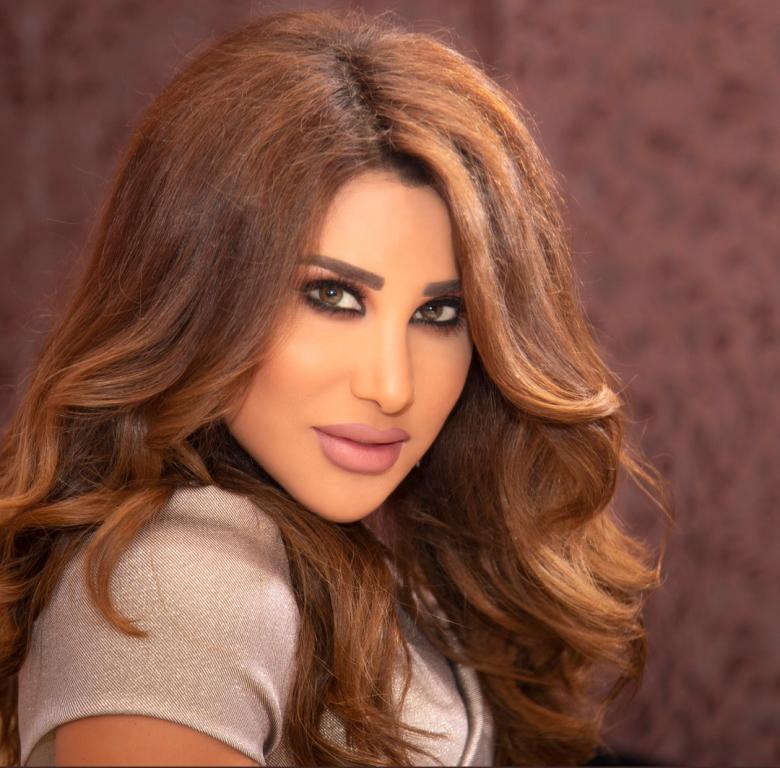 حصري نجوى كرم في رسالة خاصة عن الأوضاع في لبنان Et بالعربي